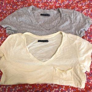 A&F 2 T-shirt bundle in excellent condition